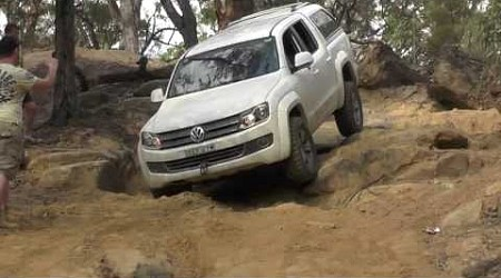 Amarok rock crawling at Wheeny Creek / Gees Arm South